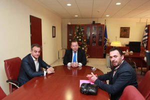 Επίσκεψη του υφυπουργού Αγροτικής Ανάπτυξης Β. Κόκκαλη στον Περιφερειάρχη Δυτικής Μακεδονίας Θ. Καρυπίδη - 1εκ. ευρώ εξασφαλίστηκε για τον κρόκο ανακοίνωσε ο Θ. Καρυπίδης