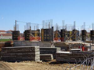 Το 12θέσιο Δημοτικό Σχολείο Πτολεμαΐδας αποκτά τη δική του στέγη - Στις προτεραιότητες της Περιφέρειας η αναβάθμιση των υποδομών της εκπαίδευσης