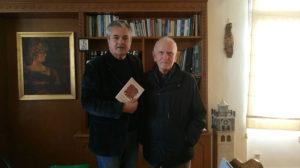 Το νέο συγγραφικό έργο του αφιέρωσε στον Αντιπεριφερειάρχη της Π.Ε. Κοζάνης Γρηγόρη Τσιούμαρη, ο Δρ. Κοιν. και Επιστημών Συμπεριφοράς κ. Θεόδωρος Κωνσταντινίδης