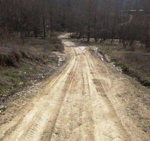 Τσιούμαρης Γρηγόρης: 41.000,00 € για την βελτίωση του αγροτικού δρόμου στην περιοχή Βογγόπετρα Σερβίων